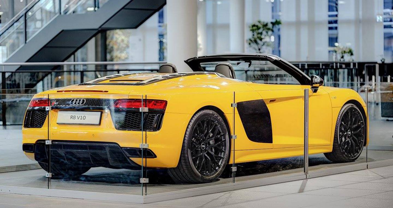 Audi_R8_V10_Spyder_2017 (3).jpg
