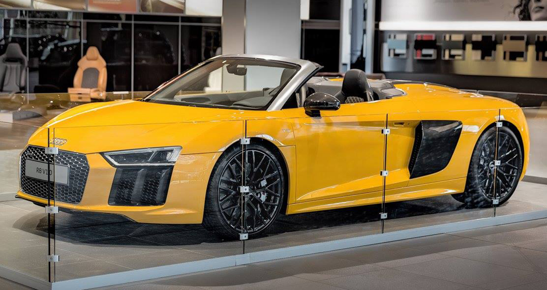Audi_R8_V10_Spyder_2017 (4).jpg
