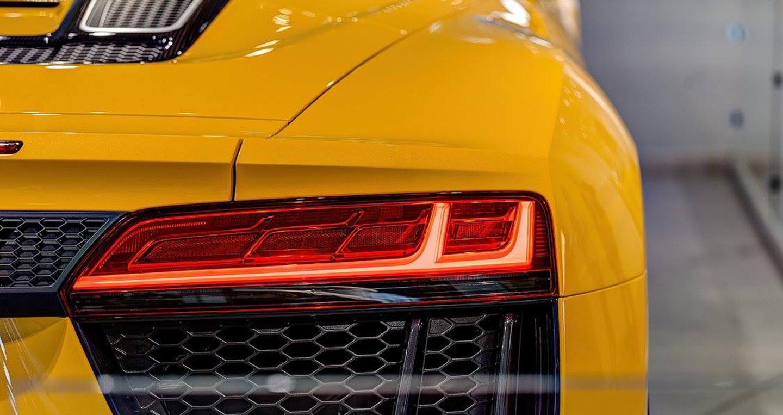 Audi_R8_V10_Spyder_2017 (5).jpg