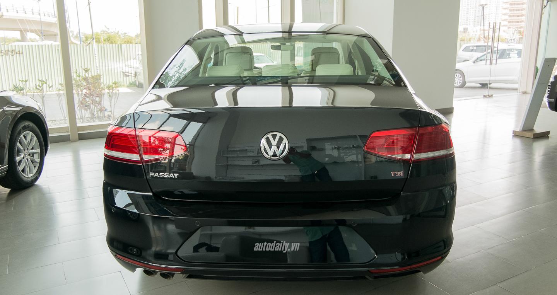 Volkswagen_Passat_2016 (11).jpg