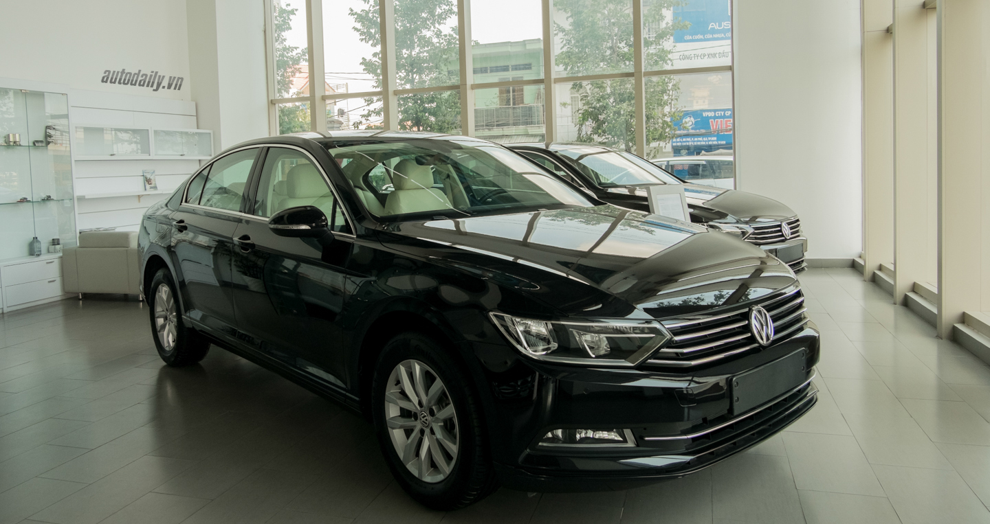 Volkswagen_Passat_2016 (8).jpg