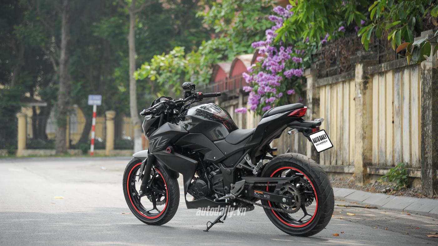 Đánh giá Z300 ABS (54).jpg