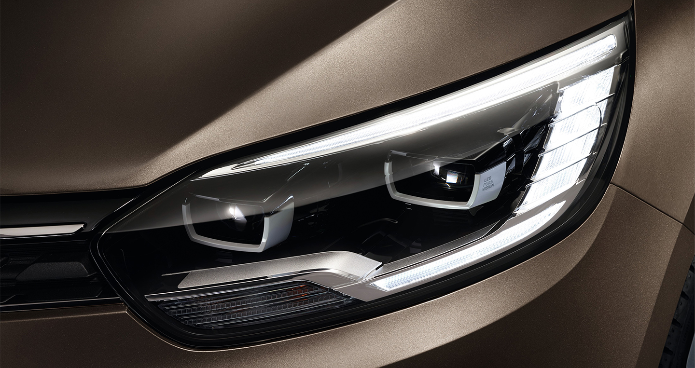 Renault_Grand_Scenic_2016 (8).jpg