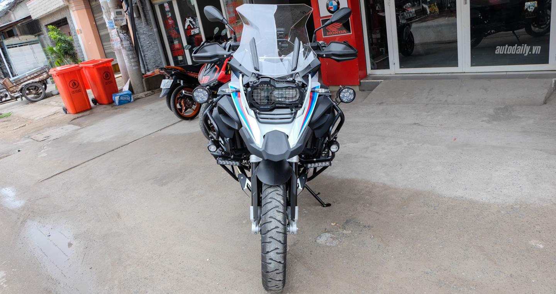Bmw_Motorrad_R1200gs_Adventure_Iconic (14).jpg