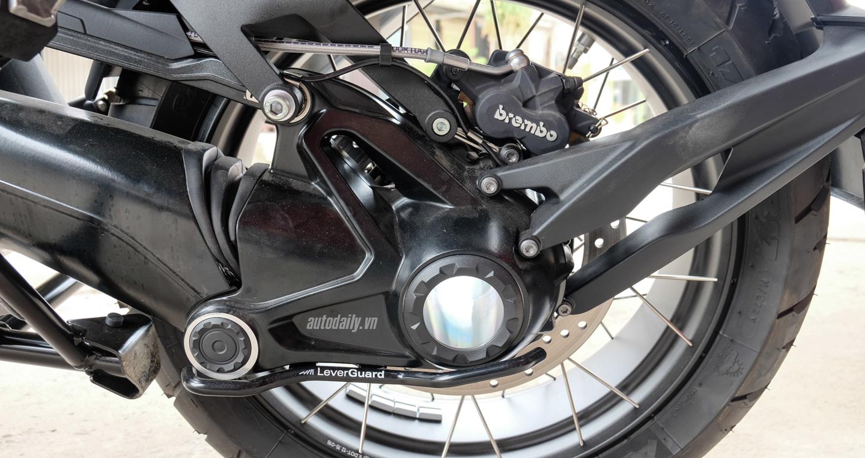 Bmw_Motorrad_R1200gs_Adventure_Iconic (23).jpg
