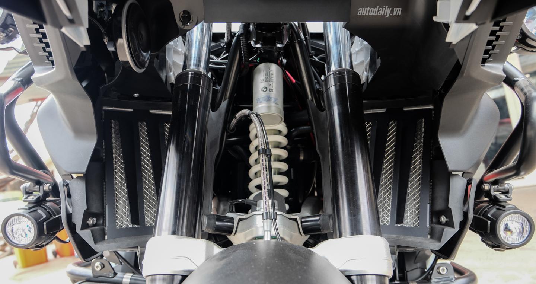 Bmw_Motorrad_R1200gs_Adventure_Iconic (27).jpg