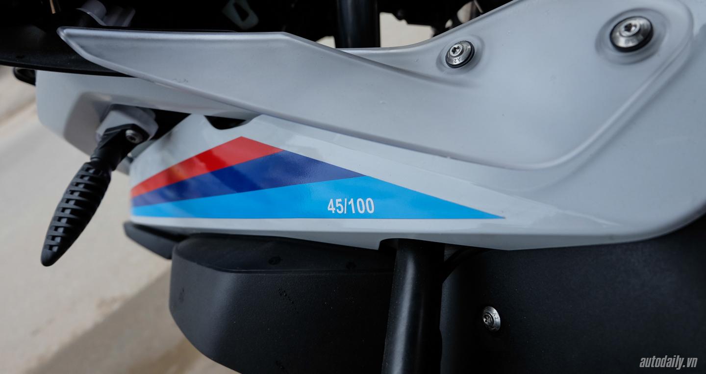 Bmw_Motorrad_R1200gs_Adventure_Iconic (8).jpg