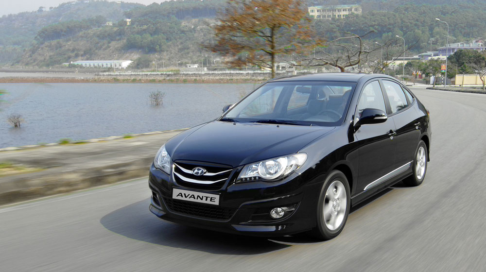 Hyundai-Avante-(2).jpg