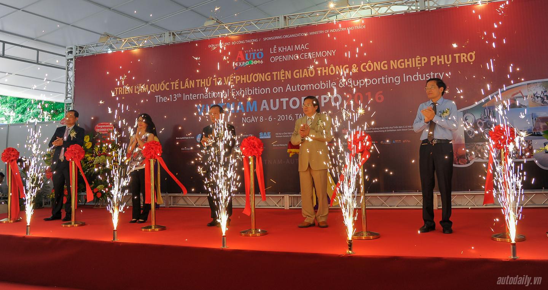 Triển lãm Vietnam AutoExpo 2016 khai mạc tại Hà Nội