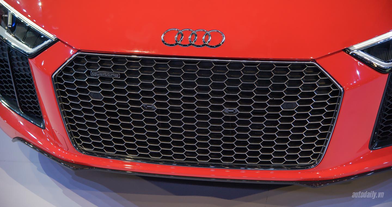 Audi R8 V10 (22).jpg