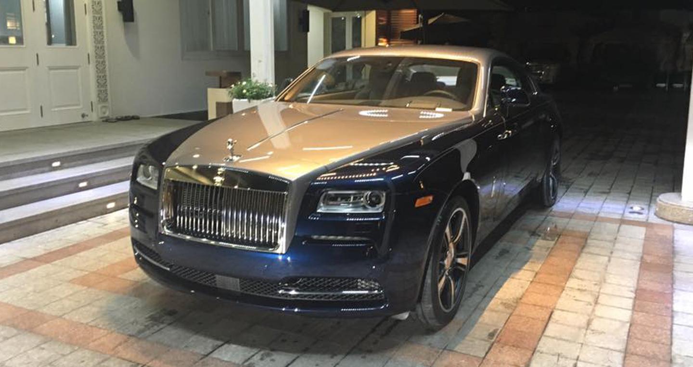 Rolls Royce Wraith (1).jpg