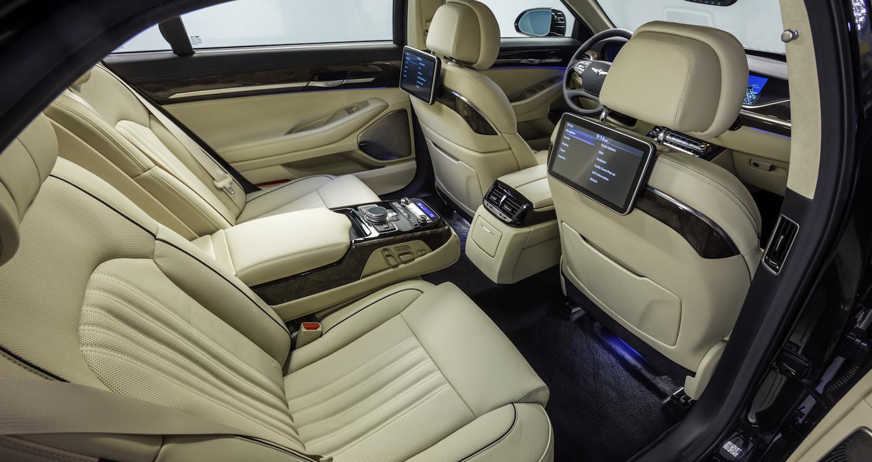 genesis-g90-rear-seats.jpg