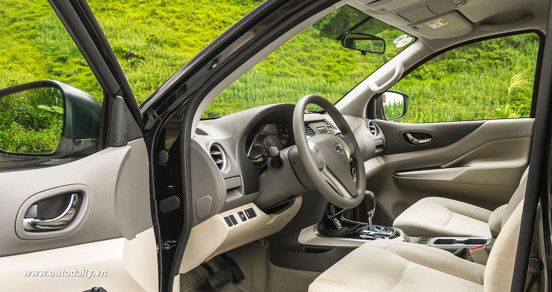 Nissan Navara NP300 (12).jpg