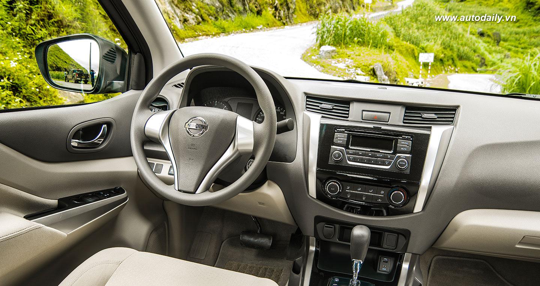 Nissan Navara NP300 (17).jpg
