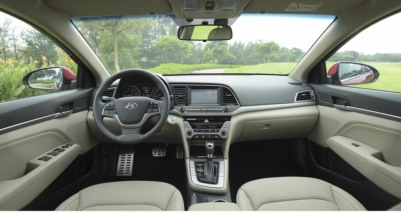 Hyundai Elantra 2016 - 38.jpg