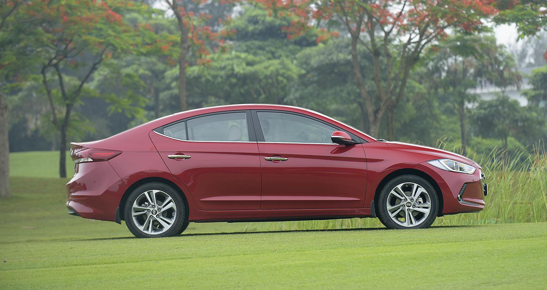 Hyundai Elantra 2016 - 10 copy.JPG