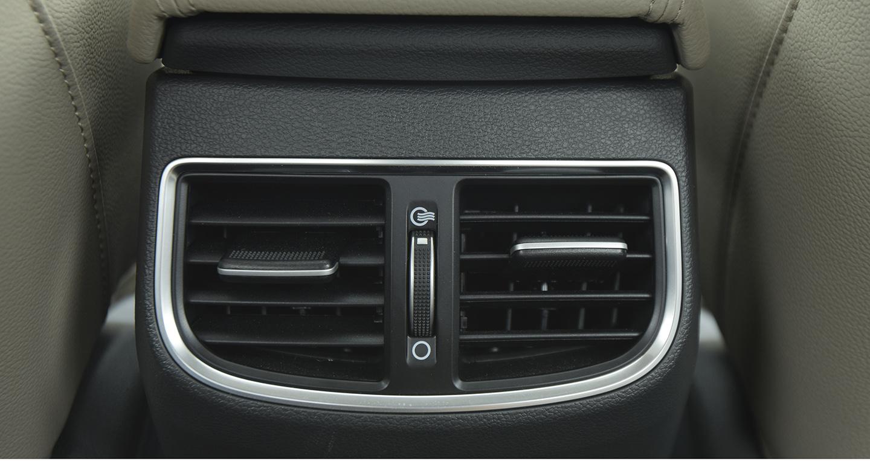 Hyundai Elantra 2016 - 41 copy.jpg
