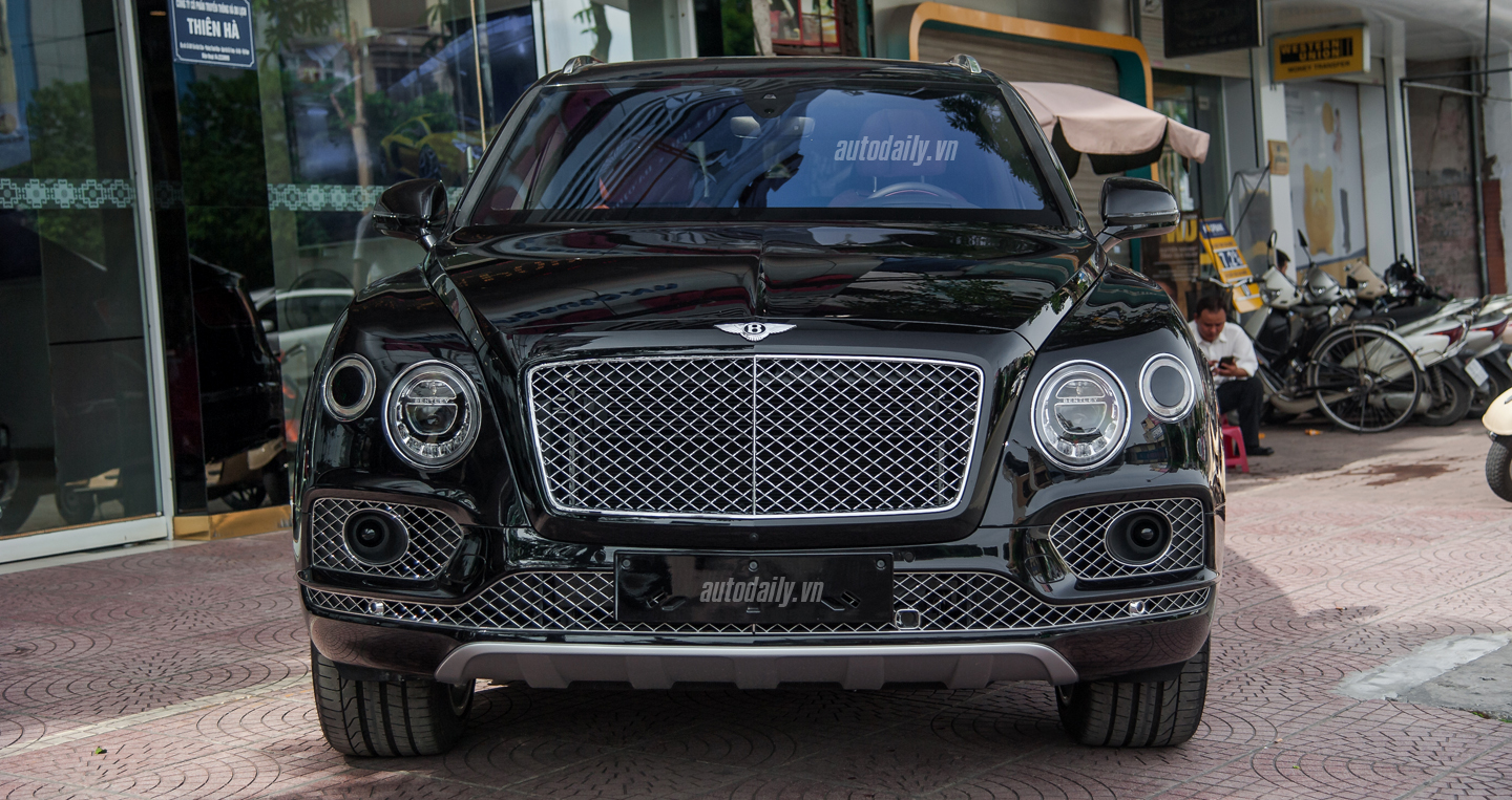 Bentley Bentayga (27).JPG
