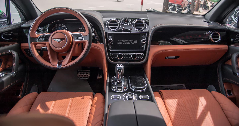 Bentley Bentayga (9).JPG