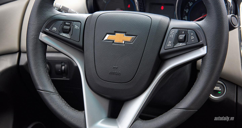 Chevrolet-Cruze-lowres22.jpg