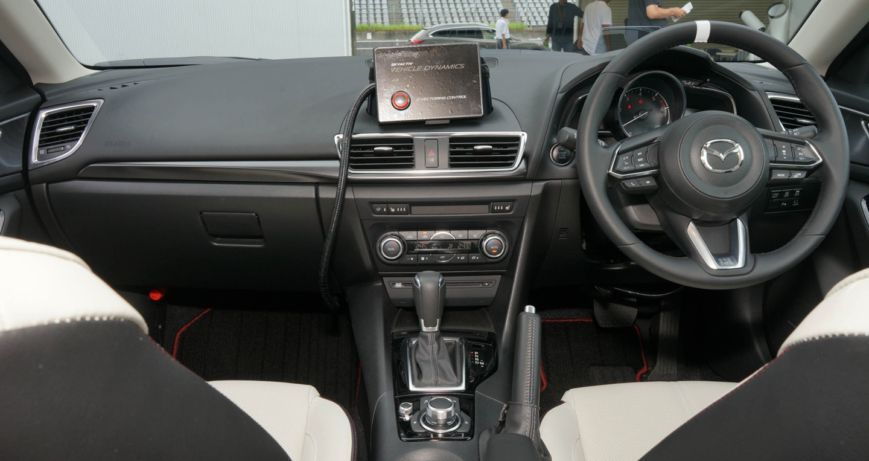 2016-Mazda-3-FL-25.jpg