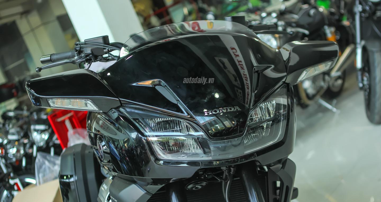 Honda CTX 1300 (14).JPG