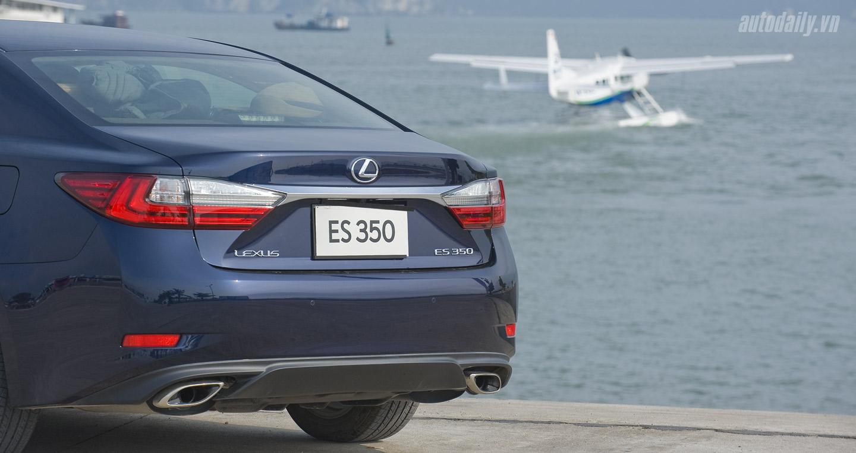 Lexus ES350 (49).jpg