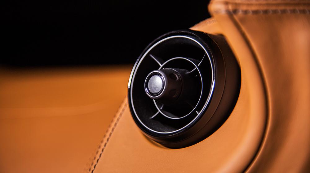 McLaren 570GT MSO (6).jpg