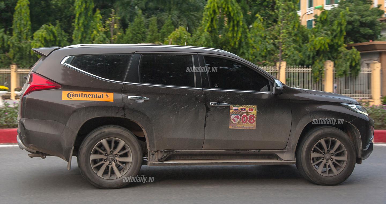 Bất ngờ bắt gặp Mitsubishi Pajero Sport 2016 trên đường phố Hà Nội 2