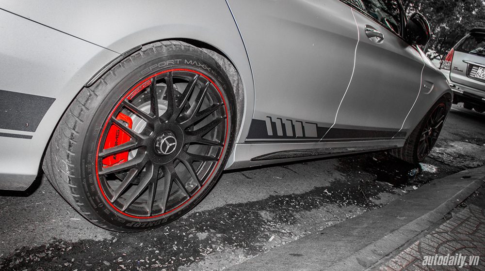Mercedes-AMG C63S Edition 1 (3).jpg