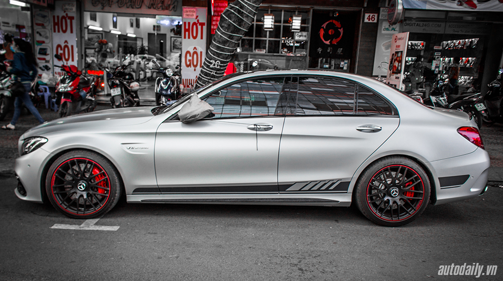 Mercedes-AMG C63S Edition 1 (9).jpg