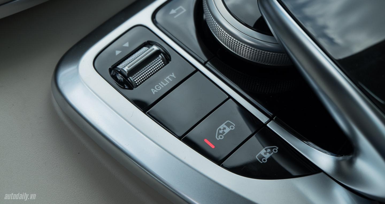 Mercedes-Benz_V250 (30).jpg