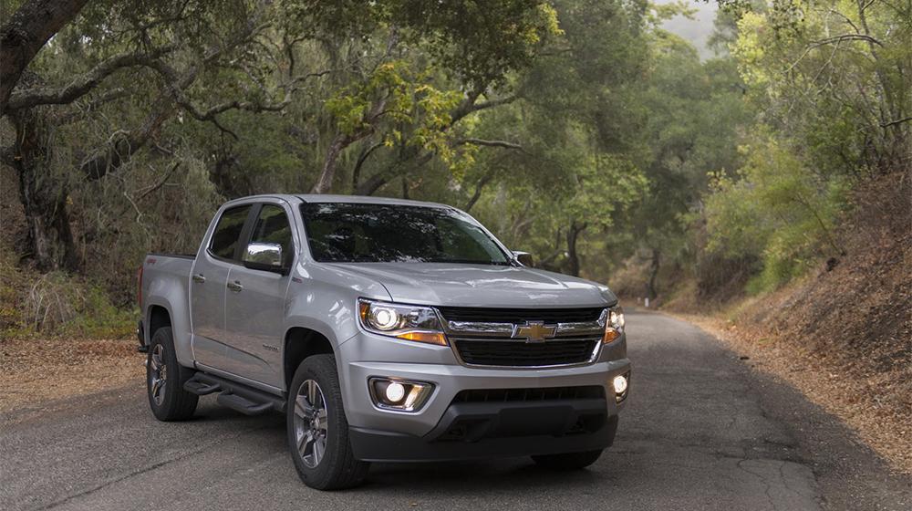 ZOOM Chevrolet Colorado 2017 duoc trang bi dong co moi