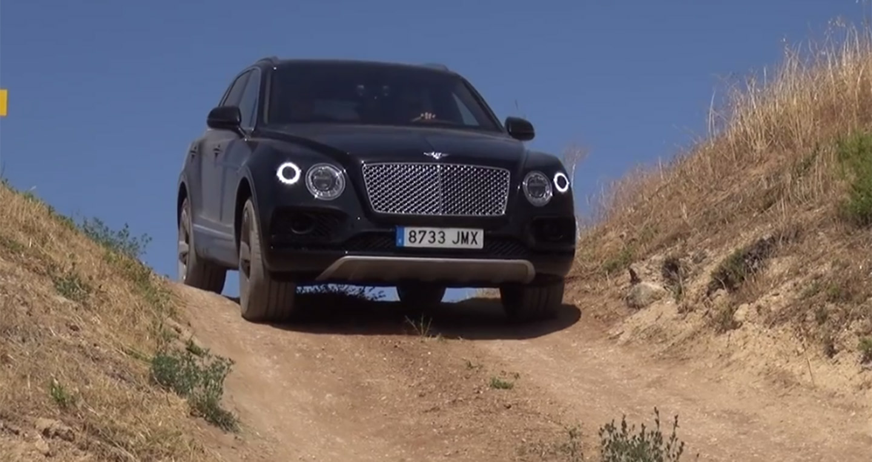 Maserati Levante và Bentley Bentayga không sợ offroad