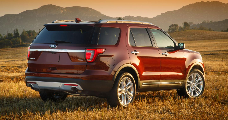2016-Ford-Explorer-Limited-rear-three-quarter.jpg