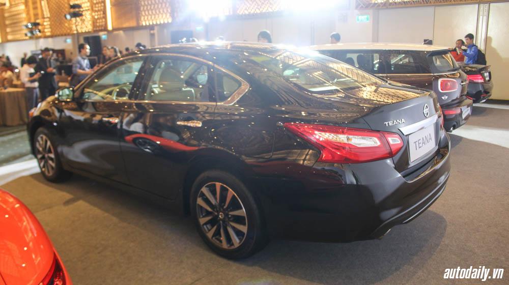 Nissan Teana (2).jpg