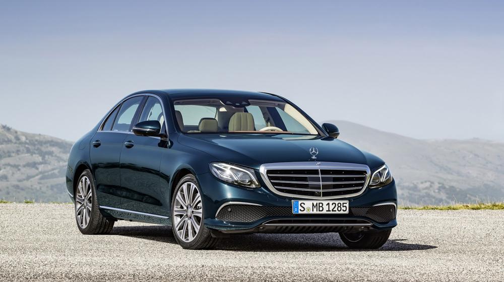 2017-Mercedes-Benz-E-Class-45 copy.JPG