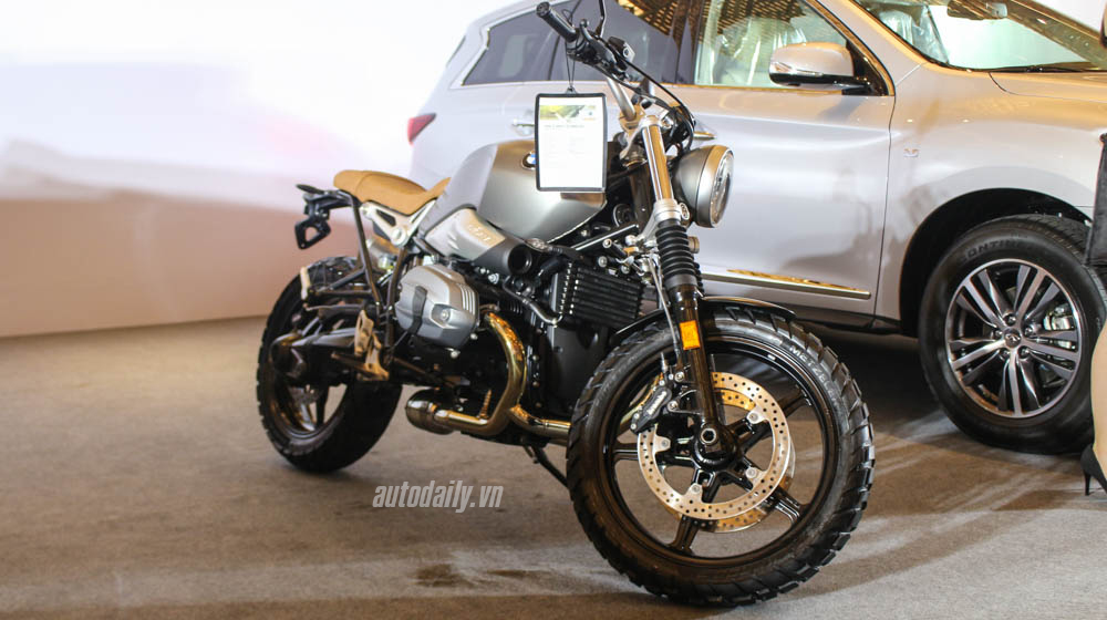 BMW_Motorrad_R_Nine_T_Scrambler_2017 (3).jpg