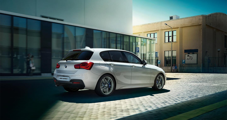 BMW 118i 2016 (4).jpg
