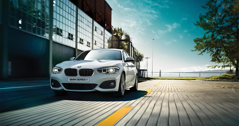 BMW 118i 2016 (5).jpg