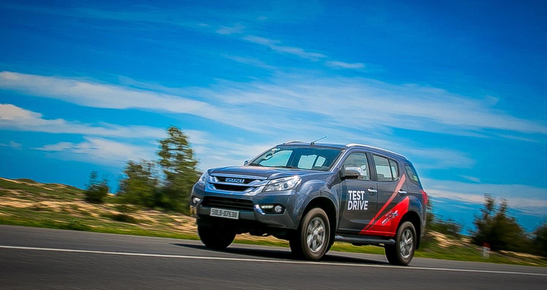 SUV đa dụng Isuzu mu-X: Giá tốt, bảo hành cao lại tiết kiệm nhiên liệu (8).jpg