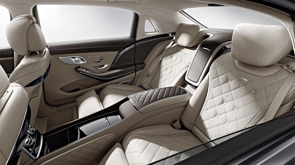 Mercedes-Maybach_S550_4Matic (4).jpg