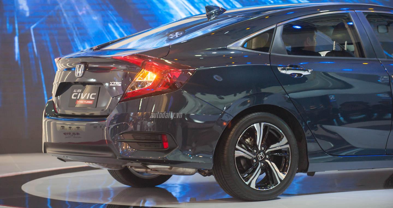 Honda Civic (3).jpg