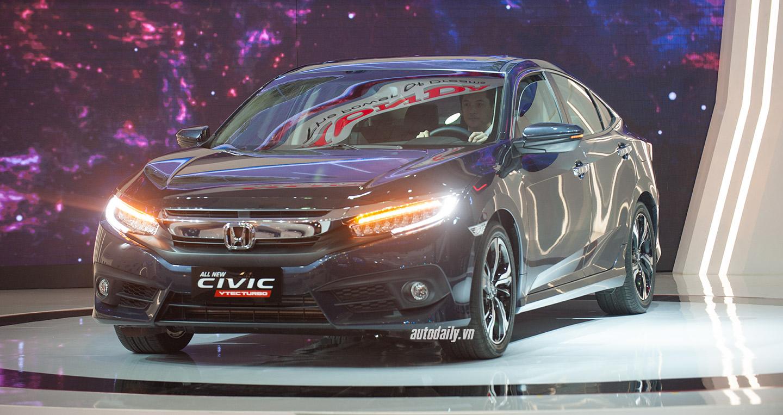 """Honda Civic 2016 """"gây bão"""" tại Triển lãm Ôtô Việt Nam"""