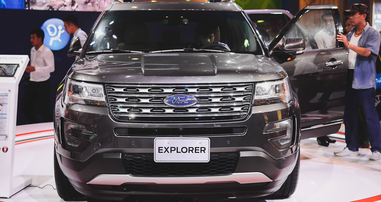 Ford Explorer (1).jpg