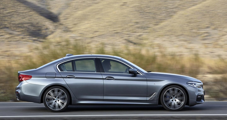 2017-BMW-5-Series-27.jpg