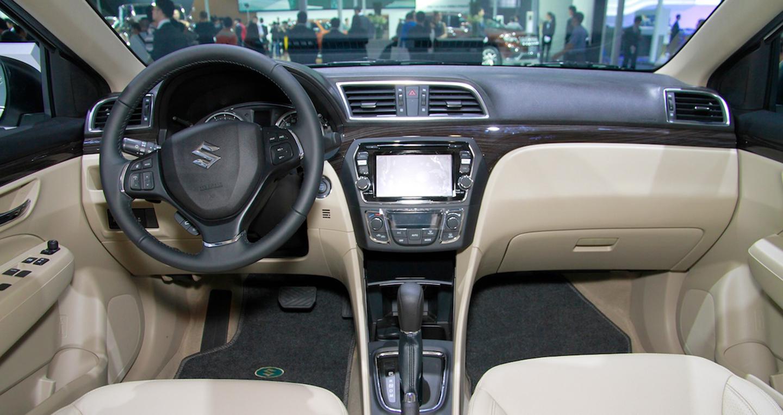 Suzuki Ciaz.jpg