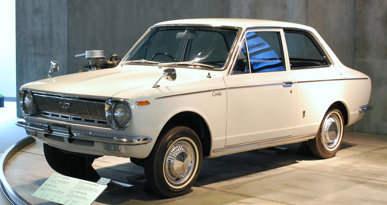 Chặng đường nửa thế kỷ của Toyota Corolla