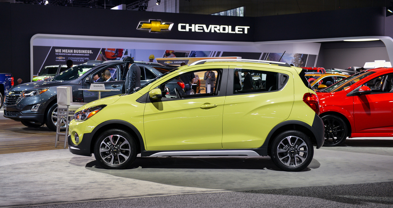 Giá xe Chevrolet Spark Activ 2017 từ 16.945 USD với thiết kế hoàn toàn mới-2.jpg