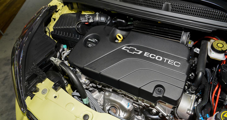 Giá xe Chevrolet Spark Activ 2017 từ 16.945 USD với thiết kế hoàn toàn mới-9.jpg